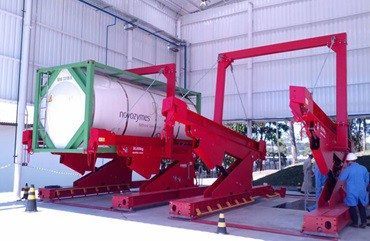 A-ward-Installs-A-20-Foot-Unloader-For-Liquid-Enzymes-In-Brazil